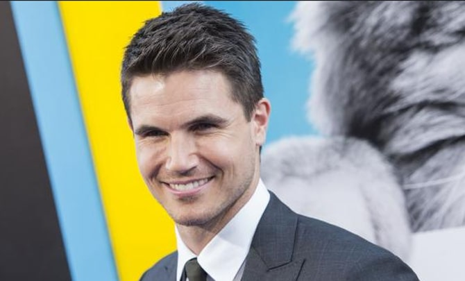 Robbie-Amell